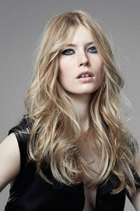 Long-Blonde-Hairstyle-Colour-GW