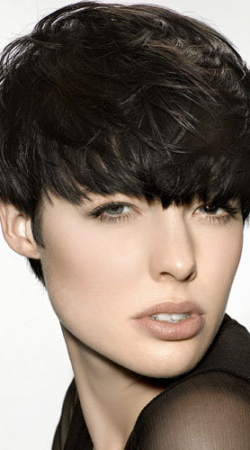 short-thick-ladies-hair-style-cut-trends-and-ideas