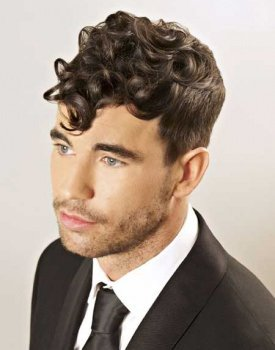 Curly Men\'s Hairstyle