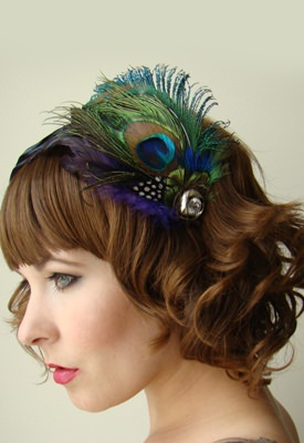 peacock-hair-accessories-ladies-new-fashions